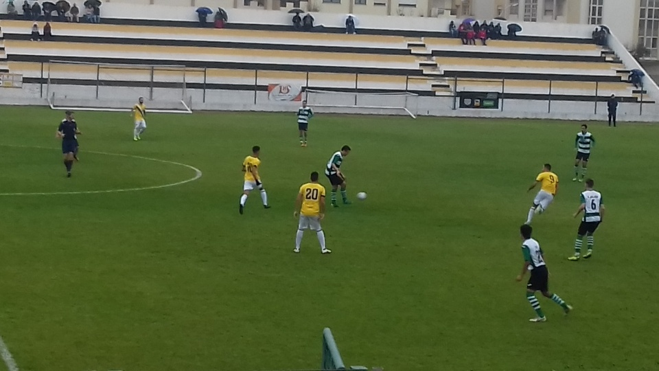 Jogo de Futebol - Estádio de Sines