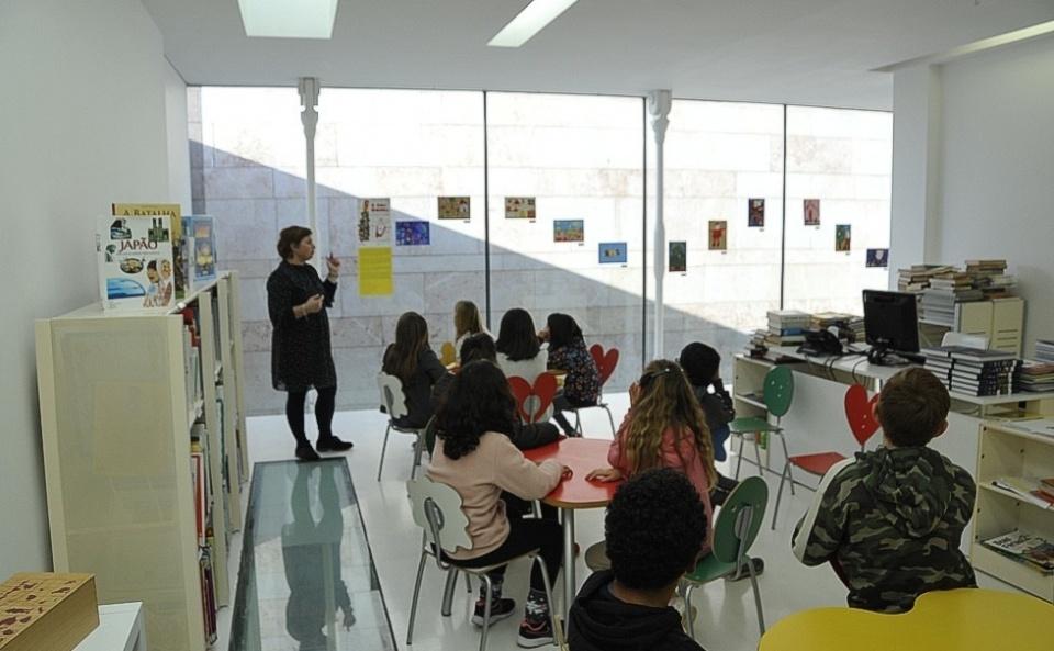 Crianças na Biblioteca Municipal de Sines