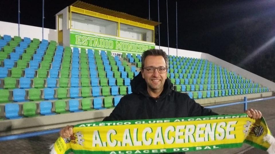 Treinador Luís Chainho