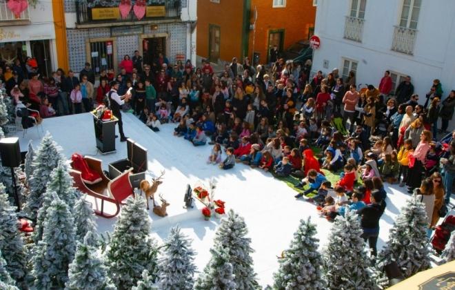 """""""Natal no Largo"""" anima o centro histórico de Sines"""