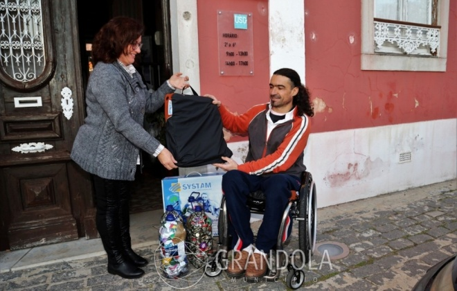 Projeto Tampas e Caricas apoia Valdemar Simões em Grândola