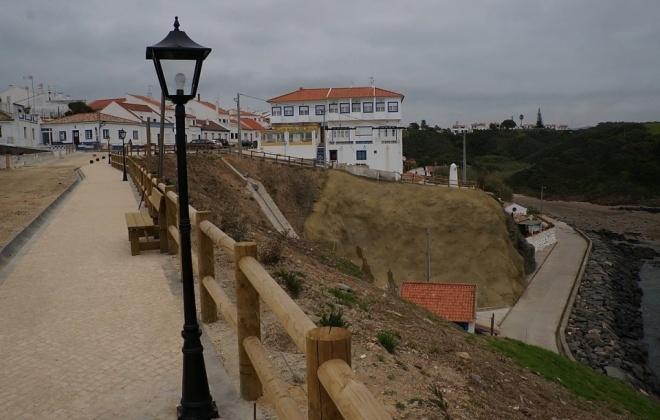 Reparação do Cais Molhe Norte do Portinho de Porto Covo está quase concluída