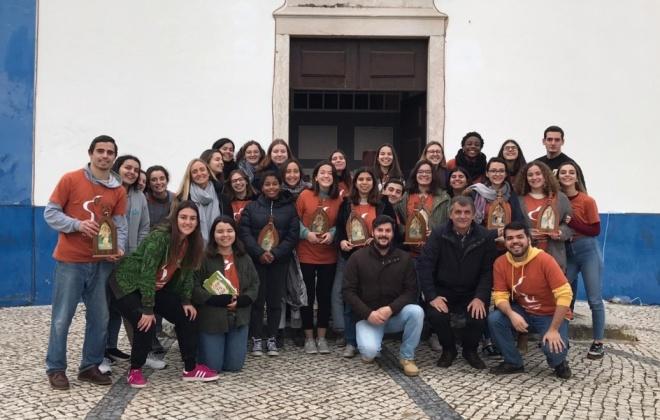 50 universitários da Missão País realizam voluntariado em São Teotónio