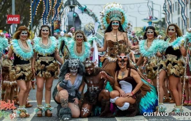 Reis do Carnaval de Sines e novo 'samba enredo' são conhecidos este sábado
