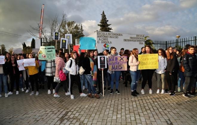 Alunos exigem requalificação de escola em Grândola