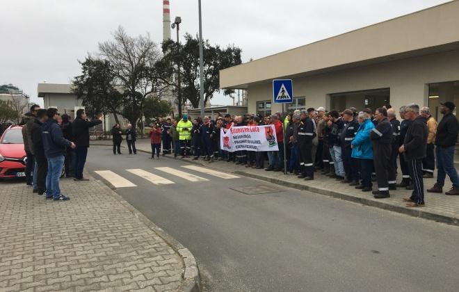 Trabalhadores exigem o fim da precariedade laboral no Complexo Industrial de Sines