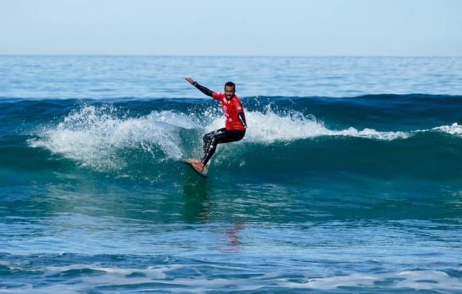 Camilo Abdula encontra-se a representar a Seleção Nacional de Surf Adaptado