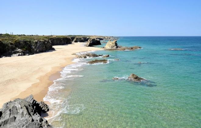 Capitania do Porto de Sines interdita praias do Litoral Alentejano