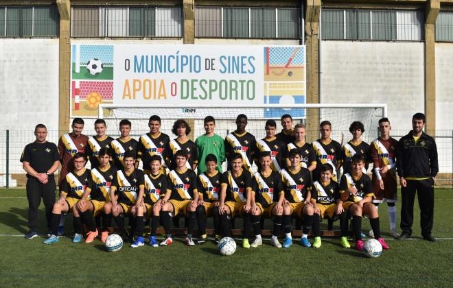 Nacionais e distritais de formação de futebol e futsal concluídos