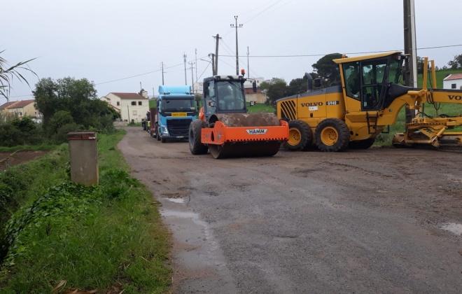 Estradas de acesso à Sonega estão a ser reparadas