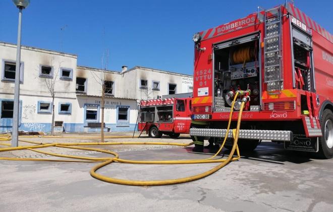 Bombeiros de Santo André combateram incêndio urbano