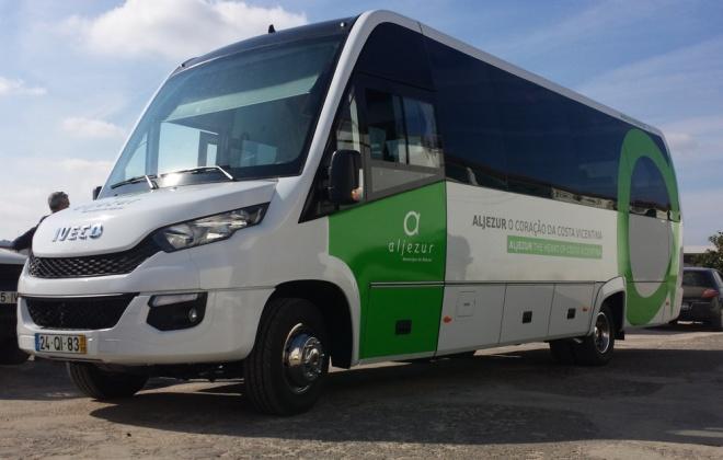 Aljezur apoia alunos com transportes gratuitos