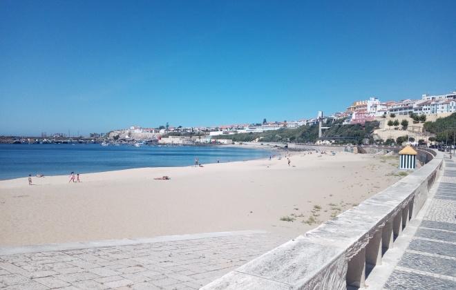 Calor leva população às praias no concelho de Sines