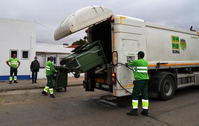 Município de Grândola iniciou a lavagem e desinfeção de contentores do lixo em todo o concelho