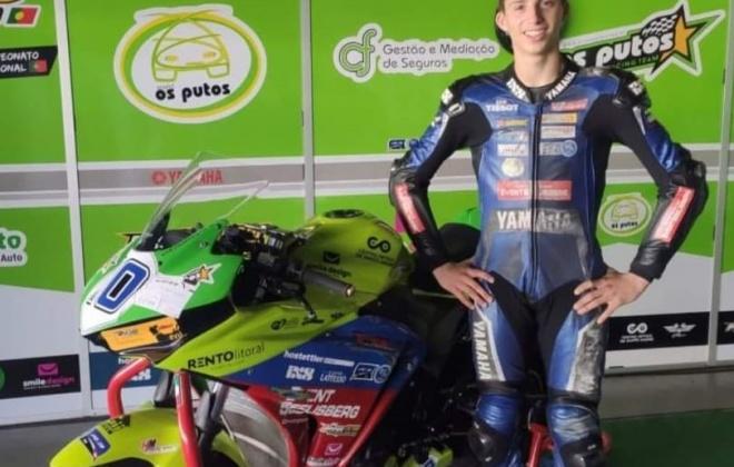 Pedro Fragoso terminou em 2.º lugar no Autódromo Internacional do Algarve