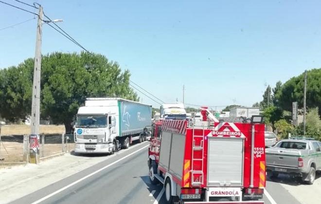Derrube de poste obriga ao corte do IC1 em Grândola