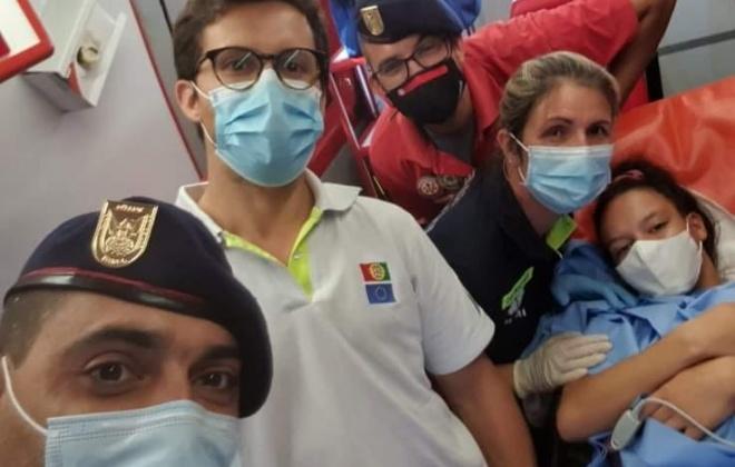 Bebé nasce dentro de ambulância dos Bombeiros de Torrão