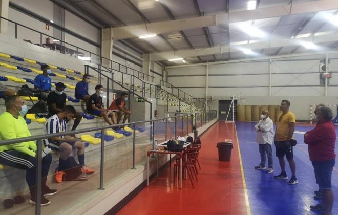 Estrela de Santo André e Casa do F.C. do Porto apresentaram equipa de futsal