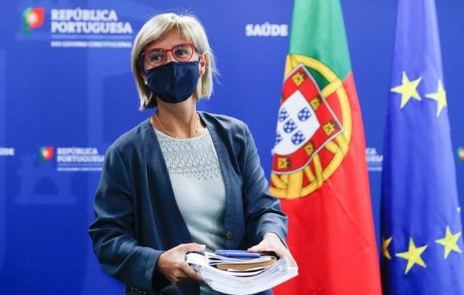 Doentes não-covid vão ser encaminhados para setores privado e social, diz ministra