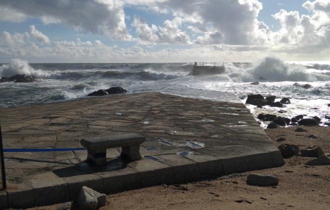 Autoridade Marítima Nacional e Marinha alertam para o agravamento da agitação marítima nos próximos dias