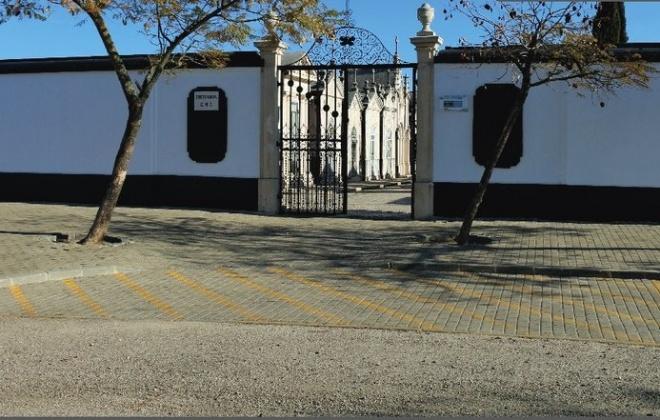 Cemitério de Grândola vai estar aberto no domingo entre as 8 e as 17 horas