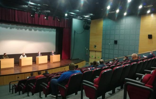 Câmara Municipal de Santiago do Cacém reúne com clubes desportivos