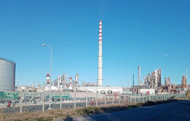 Sines é suficiente para refinar todo o combustível de que Portugal precisa