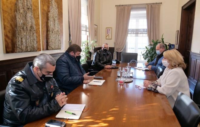Proteção Civil e Federação dos Bombeiros reuniram ontem em Setúbal