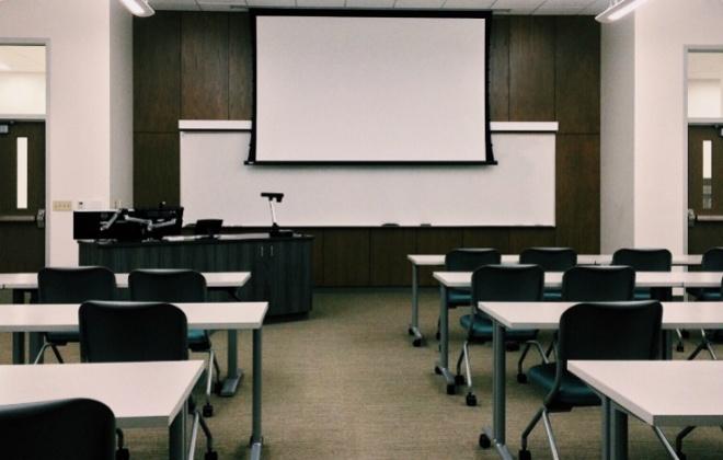 Covid-19: Testes diagnóstico a 30 mil alunos do ensino básico começam hoje