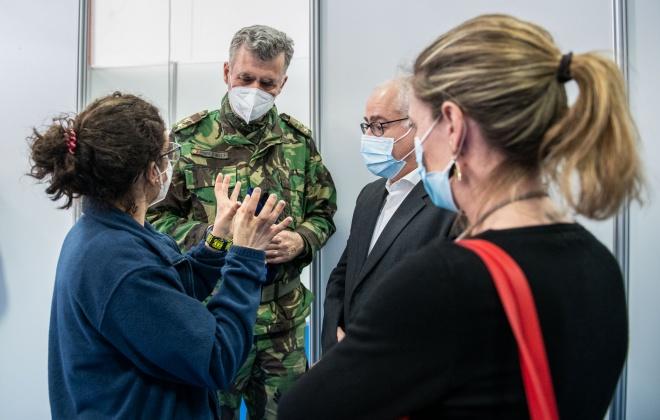 Covid-19: Seis mil trabalhadores agrícolas vacinados em Odemira com apoio de militares
