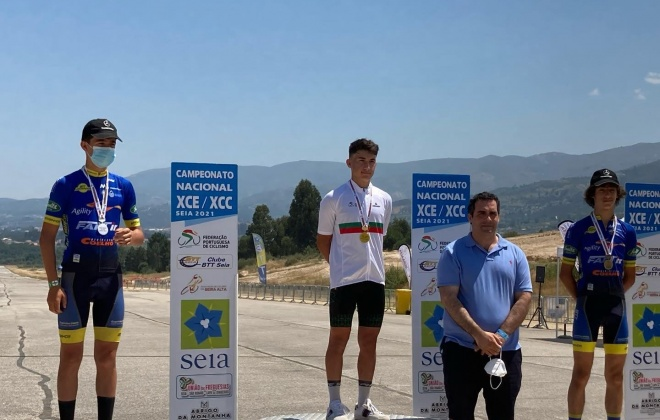 Miguel Pereira campeão nacional de XCE e XCC em Seia