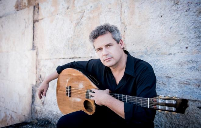 Músico Pedro Jóia canta Zeca em Vila Nova de Santo André e Santiago do Cacém