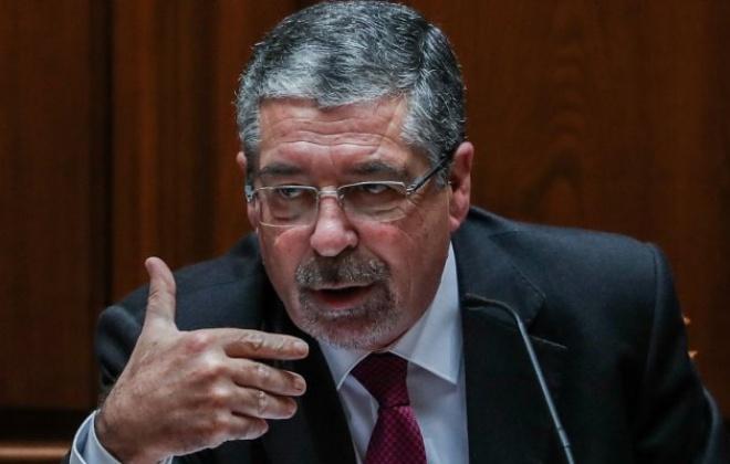 """Municípios dizem que ainda há """"discordâncias"""" nas negociações da descentralização da saúde"""